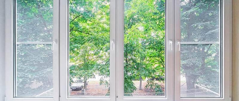 Отделка балконов МДФ панелями